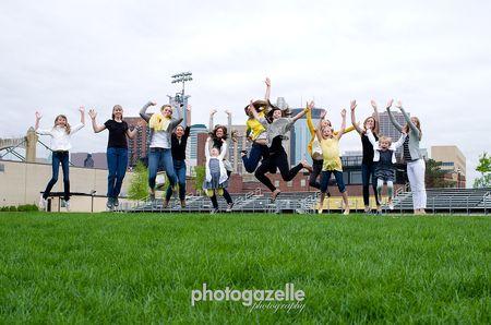 Blgirl cousins-jump